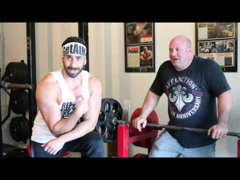 How To Bench Press With Scot Mendelson (видео)