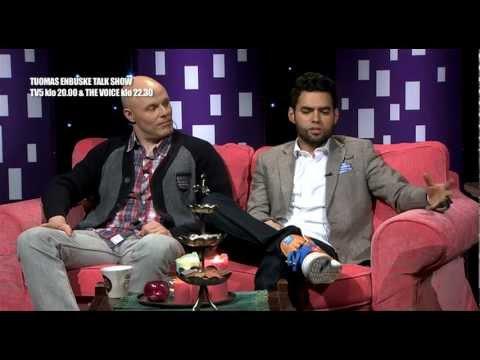 Tuomas Enbuske Talk Show - Axl Smith kertoo Kumpulasta ja jääkiekon MM-kisoista tekijä: tvviisi