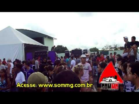 Equipe Riba Som Jeriquara - SP fazendo a festa em Ibiraci - Garota Tantão