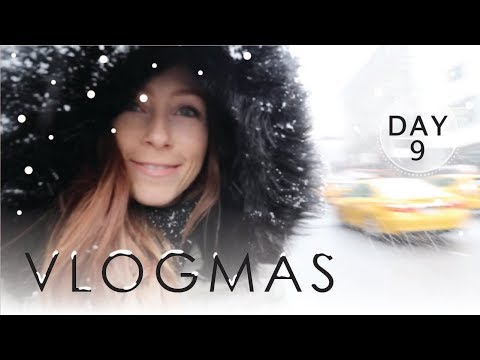 SNOW DAY IN NYC + Q&A | VLOGMAS 2017 Day 9
