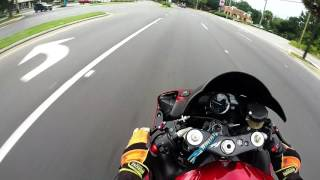 8. 2007 Yamaha R1 Test ride