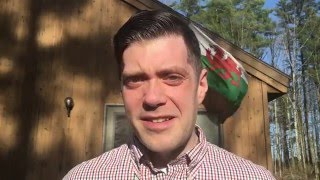 I started learning Welsh a couple months ago with SaySomethingInWelsh.com. This is my first video (but not last, I hope) to help me publicly track my progress.