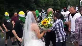 Zajebista brama weselna kibiców Falubazu Zielona Góra – żeni się jeden z kiboli