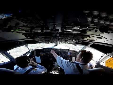 Как работает экипаж Boeing 737-800