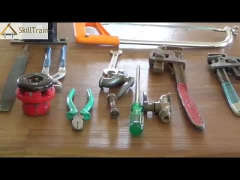 Safety Precautions While Using Plumbing Tools (Hindi) (हिन्दी)