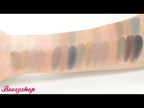 Makeup Revolution Makeup Revolution Ultra 32 Eyeshadow Palette Flawless Matte