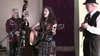 Lauren Sheehan and friends perform