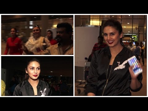 Rani Mukerji & Huma Qureshi Spotted At International Airport
