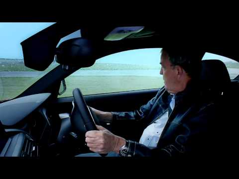 Jeremy Clarkson spins a BMW M1 on the Top Gear test track. (видео)