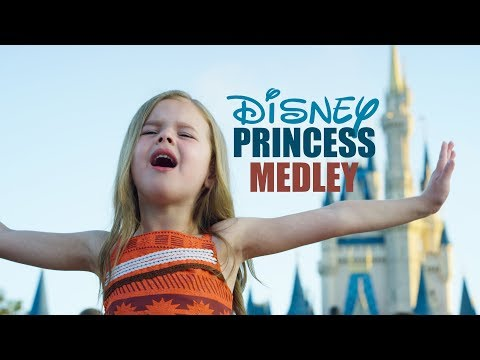 DISNEY PRINCESS MEDLEY - SINGING EVERY PRINCESS SONG AT WALT DISNEY WORLD - Thời lượng: 5 phút, 48 giây.