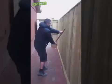 Ekipa budowlana nie dostała zapłaty, więc demoluje to co zrobiła w ogrodzie