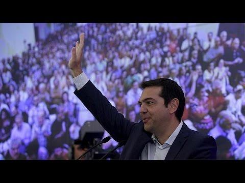 Τσίπρας: «Συνεχίζουμε τη μάχη-Πάμε μπροστά»