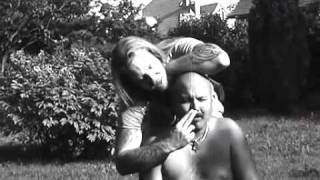 Video Masturbace - Vůně Hitlerova pečeného masa