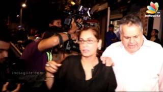 Dimple Kapadia & Amrita Singh Spotted at Restaurant in Bandra.Click this below link and subscribe to our channel to get all updates on Bollywood Movies, and your favorite Bollywood actresses and actors.http://goo.gl/cfijvC