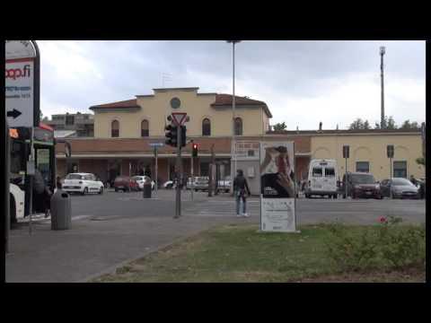 Che ora è alla stazione di Arezzo?
