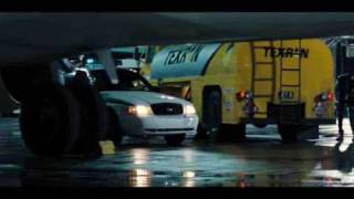 Video James Bond Casino Royale battle on airport MP3, 3GP, MP4, WEBM, AVI, FLV Mei 2019