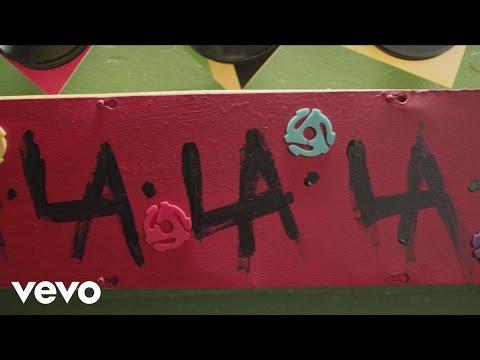 Fergie - L.A.LOVE (la la) (Lyric Video)