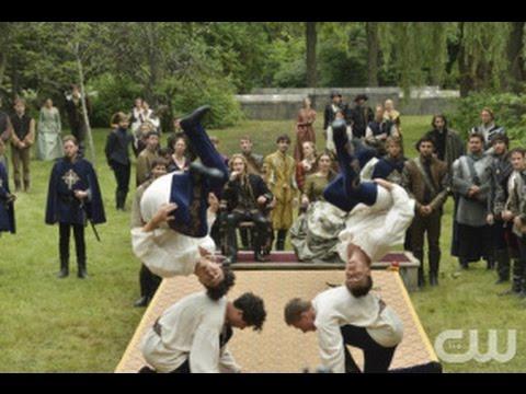 "Reign After Show Season 2 Episode 3 ""Coronation"" | AfterBuzz TV"