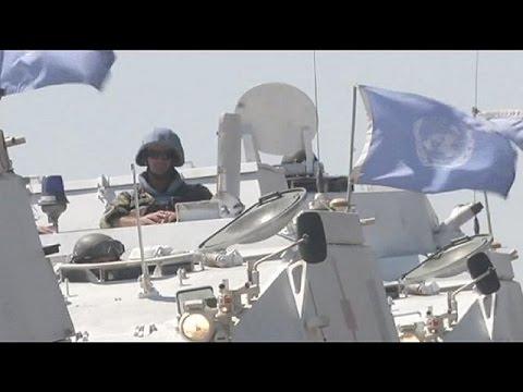 Suriyeli muhalifler BM askerleri ile çatışıyor