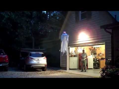 Quadrocopter: Halloweenská atrakce