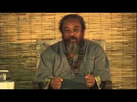 Mooji Video: Stay Empty and Remain Unplugged