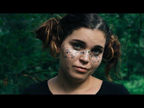 EXPERIENCED VS AMATEUR PHOTOGRAPHER   Lauren ☽