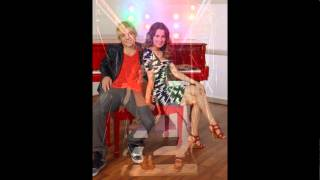 Download Lagu Auslly Love Story (part 9) Mp3