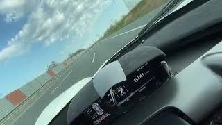 Ile fabryka dała, czyli jazda 372 km/h LaFerrari na niemieckiej autostradzie