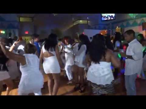 Video People dancing at Chutney Glow 2014 filmed by jonfromqueens download in MP3, 3GP, MP4, WEBM, AVI, FLV January 2017