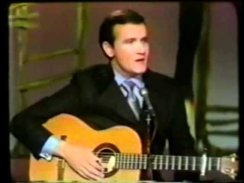 Me and Bobby McGee (1969) (Song) by Roger Miller