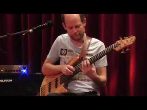 Zdeněk Růžička - baskytara - Based on Bass