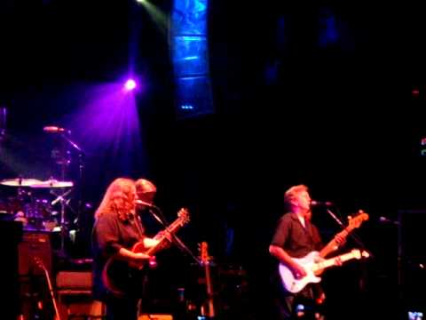 Layla – Clapton with Allman Brothers – live at Beacon Theatre, 3/19/2009