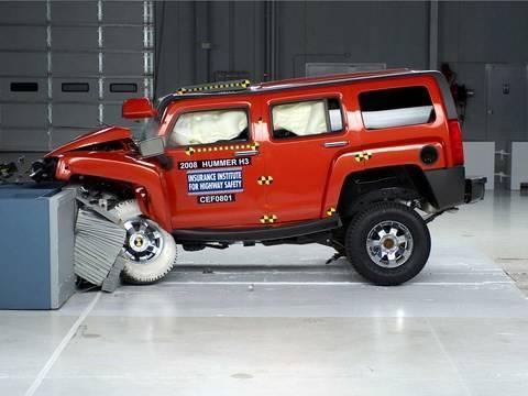 2008 Хаммер H3 тест лобовой части автомобиля