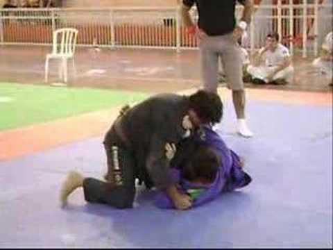 Campeonato de jiu jitsu em casa branca