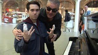 Video The Most Extreme Piano Skills EVER! MP3, 3GP, MP4, WEBM, AVI, FLV Juni 2018