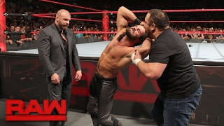 Nonton Samoa Joe ambushes Seth Rollins: Raw, Jan. 30, 2017 Film Subtitle Indonesia Streaming Movie Download