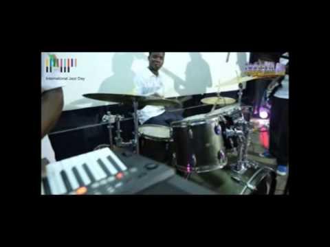 Feelyxngz Band Live Performance on Int'l Jazz Day-Take Glory Father