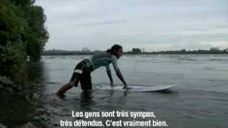 Saint-Laurent (QC) Canada  city photos gallery : Surfer sur le fleuve Saint-Laurent à Montréal - Québec, Canada