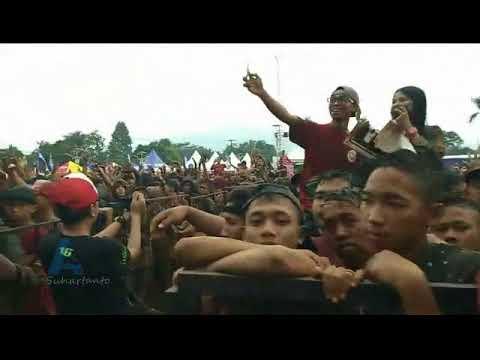 Video Pak Polisi Via Vallen di Taman Mijen Semarang, 22 April 2018 download in MP3, 3GP, MP4, WEBM, AVI, FLV January 2017