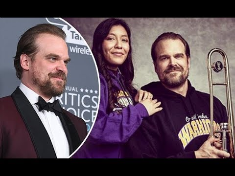 Stranger Things' David Harbour poses for fan's yearbook