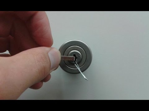 Tutorial: Schlösser knacken / Büroschrank Schloss mit Büroklammer knacken