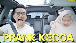 Video PRANK PACAR PAKE KECOA ! JERIT-JERIT KETAKUTAN MULU HAHAHA MP3, 3GP, MP4, WEBM, AVI, FLV November 2018