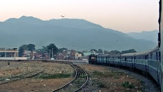 Haldwani India  city pictures gallery : Picturesque 90 degree turn at HALDWANI : Jim Corbett Express INDIAN RAILWAYS