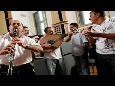 klarnetli oyun havaları - Selim Sesler & Brenna MacCrimmon ~ Garip Hicaz Klarnet Taksimi & Roman Oyun havası..