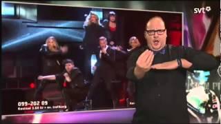 Szwedzki tłumacz z języka migowego kradnie show