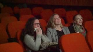 Video Aus Fake-Werbung wird ein Heiratsantrag im Kino MP3, 3GP, MP4, WEBM, AVI, FLV Februari 2017