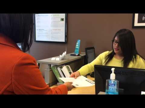 Cómo preparar los impuestos en una oficina de H&R Block