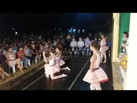 Apresentação de balé clássico na festa das mães em Juazeiro do Piauí