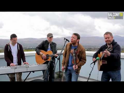 balconytv - Oracle performing 'What Are We Doing To Each Other' on BalconyTV Subscribe to us right now at - http://bit.ly/subscribetoBalconyTV 'Like' us on Facebook - ht...