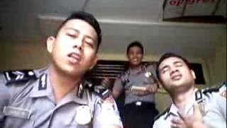 Video Aksi Kocak Polisi Nyanyi Lagu India MP3, 3GP, MP4, WEBM, AVI, FLV Maret 2018